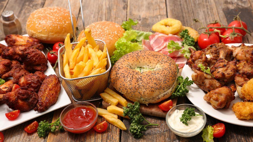 Dışarıda Yemek Tercih Ederken Dikkat Etmeniz Gerekenler