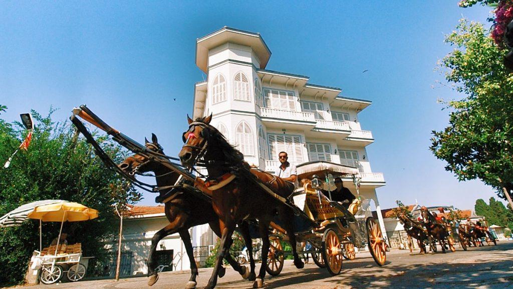 İstanbul Prens Adaları, Fayton
