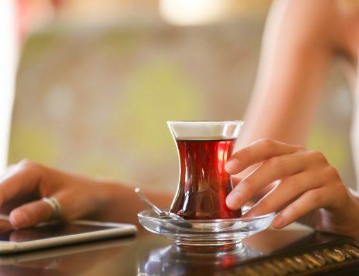 Dört Gözle Zordu Aşk | Çay Tadında Aşk