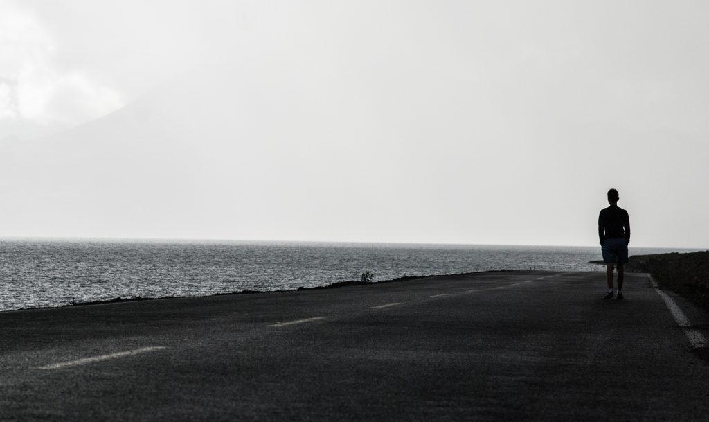 Yazı: Yalnızlık | Yazan: Nalan Erpolat