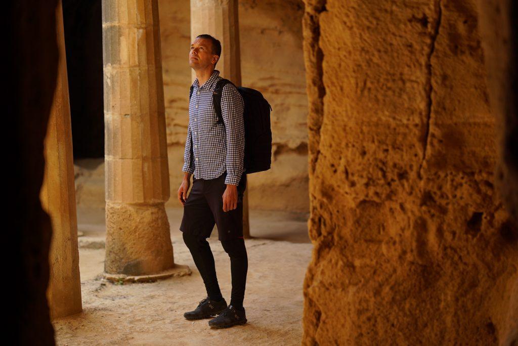 Yazı: Kış Turizmine Girerken Kuzey Kıbrıs Turizm Sektöründe Rehber Eksikliği Sebepleri | Yazan: Doç. Dr. İsmet Esenyel