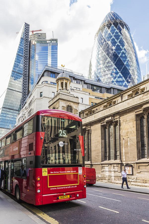 Yazı: Londra   1   Yazan: Hande Sinan Sönmezerler