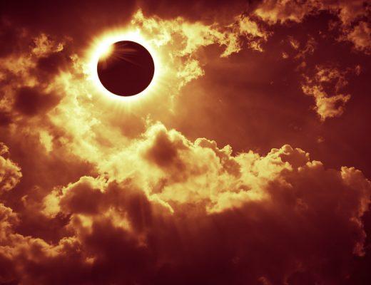 Yazı: 26 Aralık: Oğlak Burcunda Güneş Tutulması | Yazan: Hazal Özkan