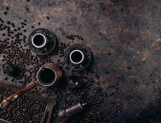 Yazı: Kahvehane ağzıyla konuşmak | Yazan: Hakan Özbek