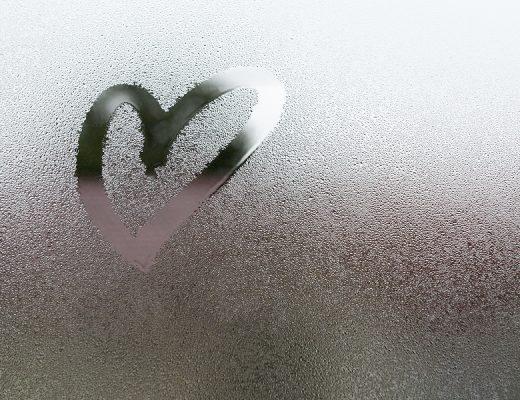 Yazı: Aşka İnancın mı Kalmadı? | Yazan: Seda Çağlayan