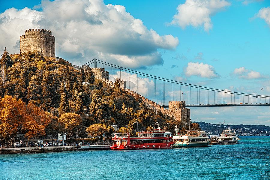 Yazı: Güzde İstanbul | Yazan: Mehmet Gökcük