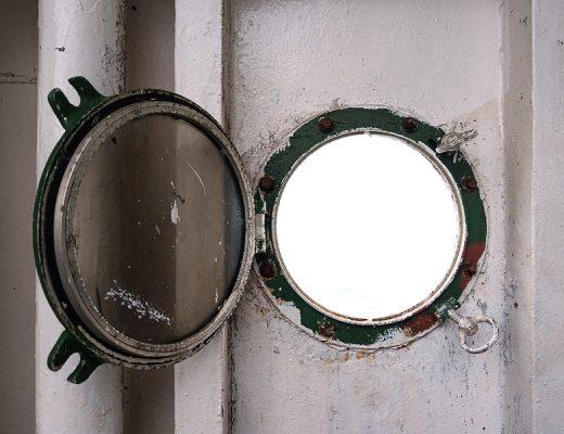 Yazı: Sessiz Gemi   Yazan: Egemen Alper