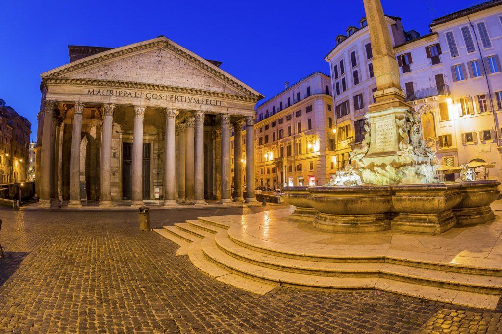 Piazza della Rotonda'daki Pantheon