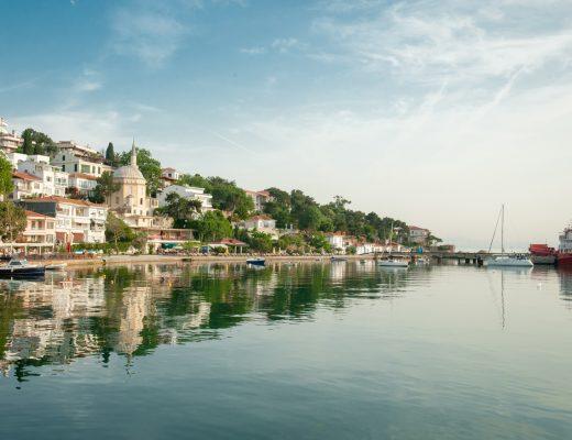 Burgazada Limanı: İstanbul Prens Adaları Arasındaki Üçüncü Büyük Ada