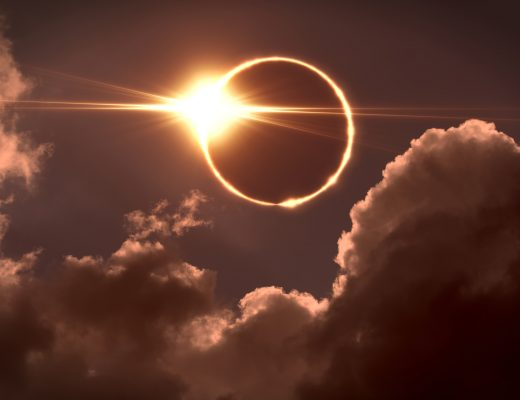 Yılın son tutulmasına doğru gidiyoruz: Aslan burcunda güneş tutulması.