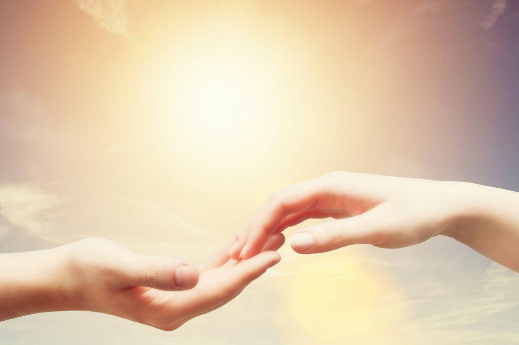 Sevmek Dokunmaktır