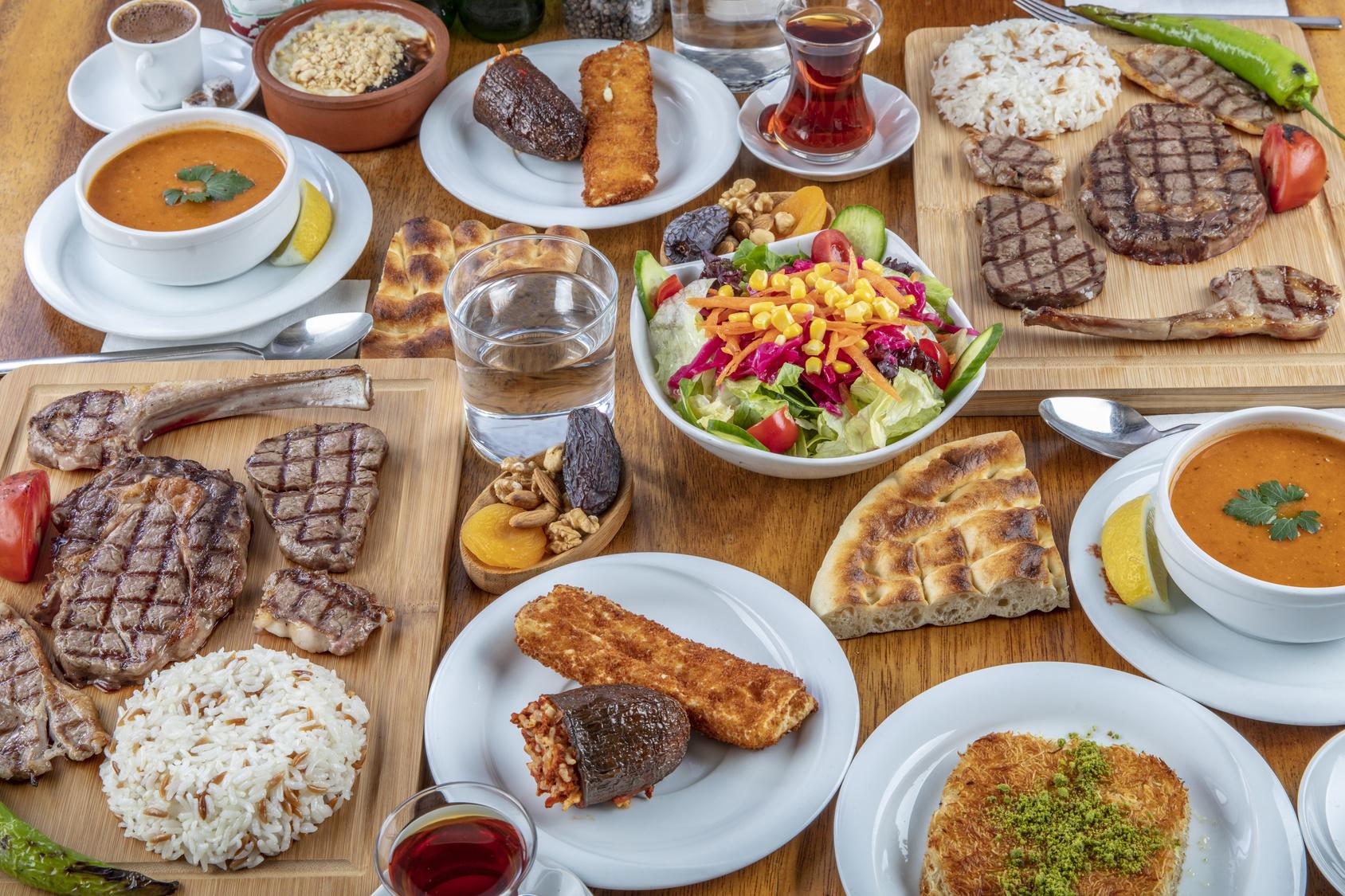 Yazı: Ramazan'da En Sık Yapılan Beslenme Hataları   Yazan: Dyt. Simay Ejderoğlu