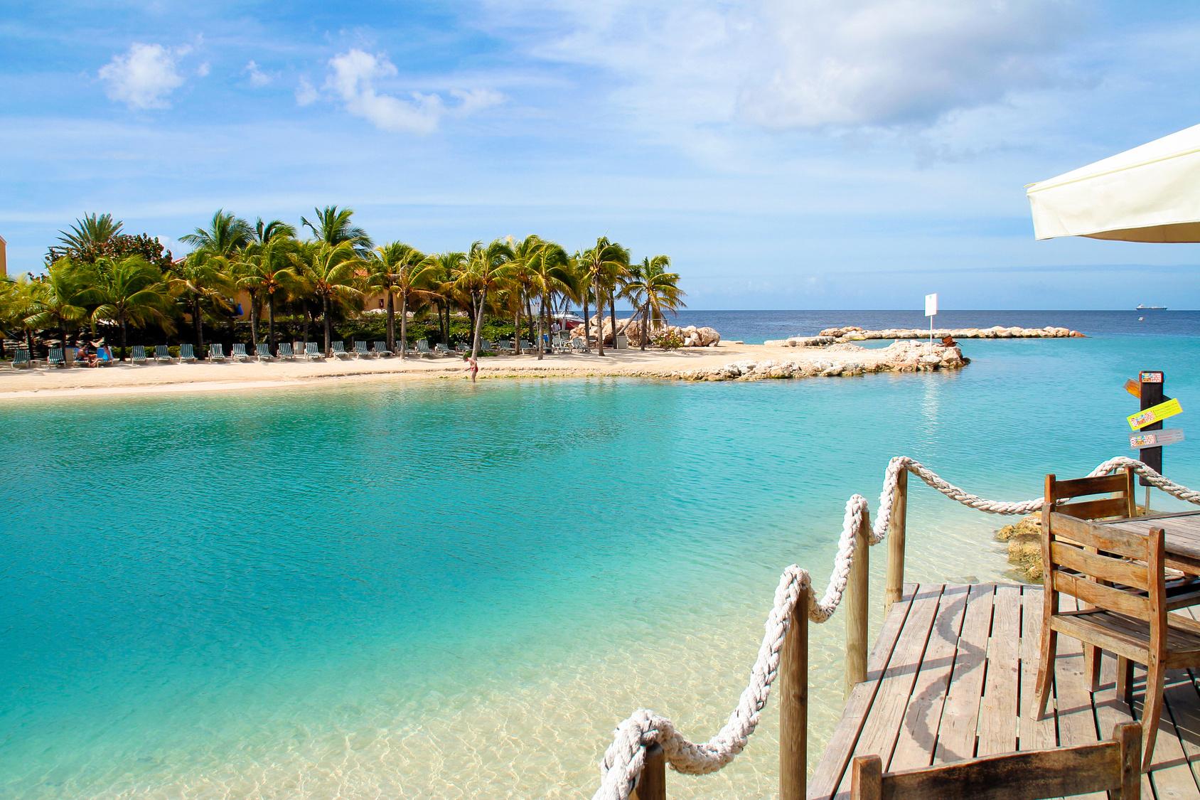 Yazı: Curaçao   1   Yazan: Emel Erem