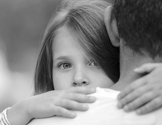 Şiir: Bir Küçük Kız | Yazan: Mehmet Gökcük