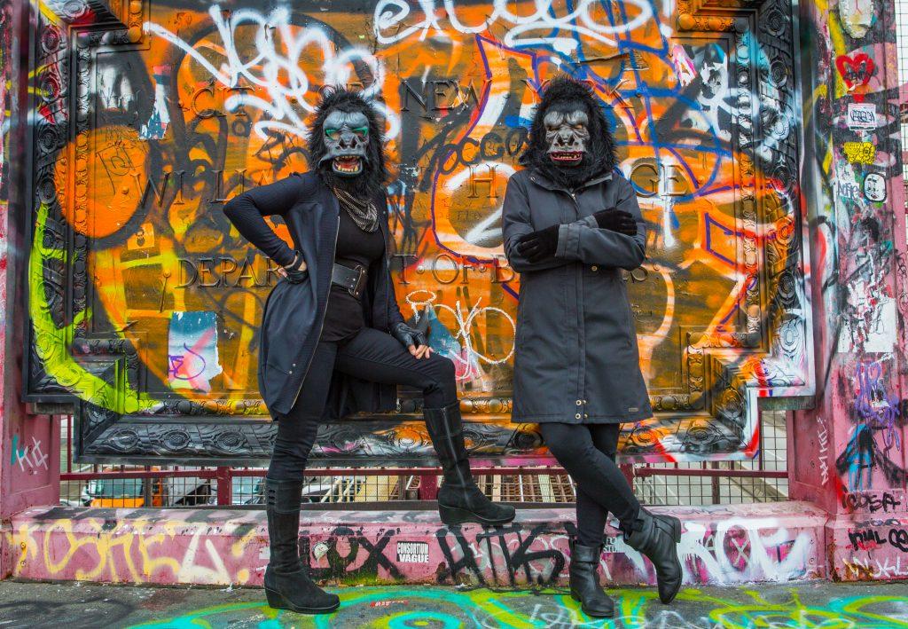 Yazı:Goril Maskeli Gerilla Kızlar   Yazan: Pelin Erem