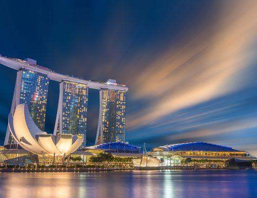Yazı: Küçük Ama Boyundan Büyük, Singapur   Yazan: Melih Daşgın