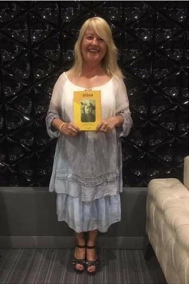 Öykü: Sarı Kasımpatı | Atam Kızı | Yazan: Gökçe Çiçek Gönülaçar