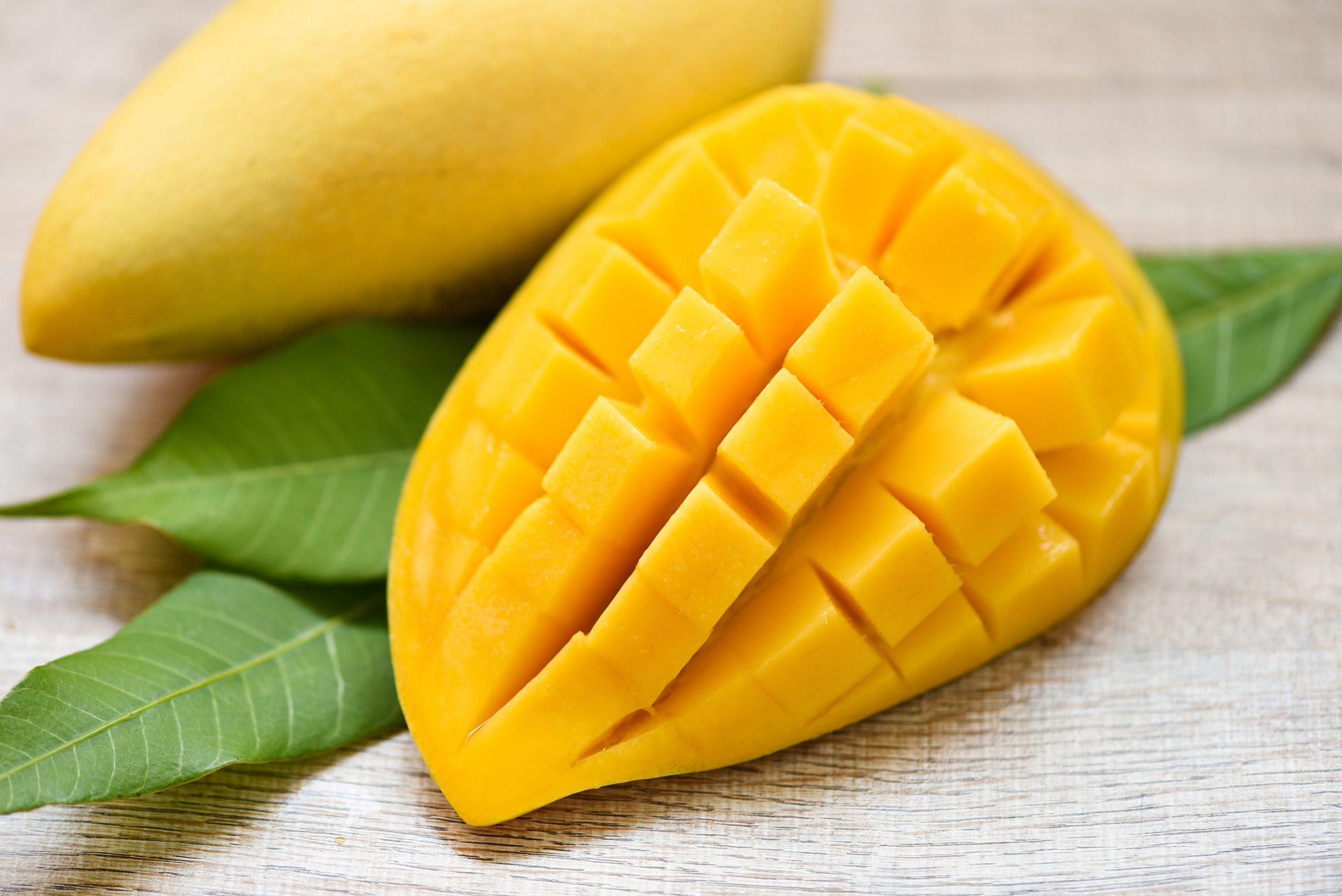 Tropikal Meyveler: Mango