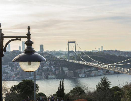 Şiir: Tahtım İstanbul | Yazan: Mehmet Gökcük