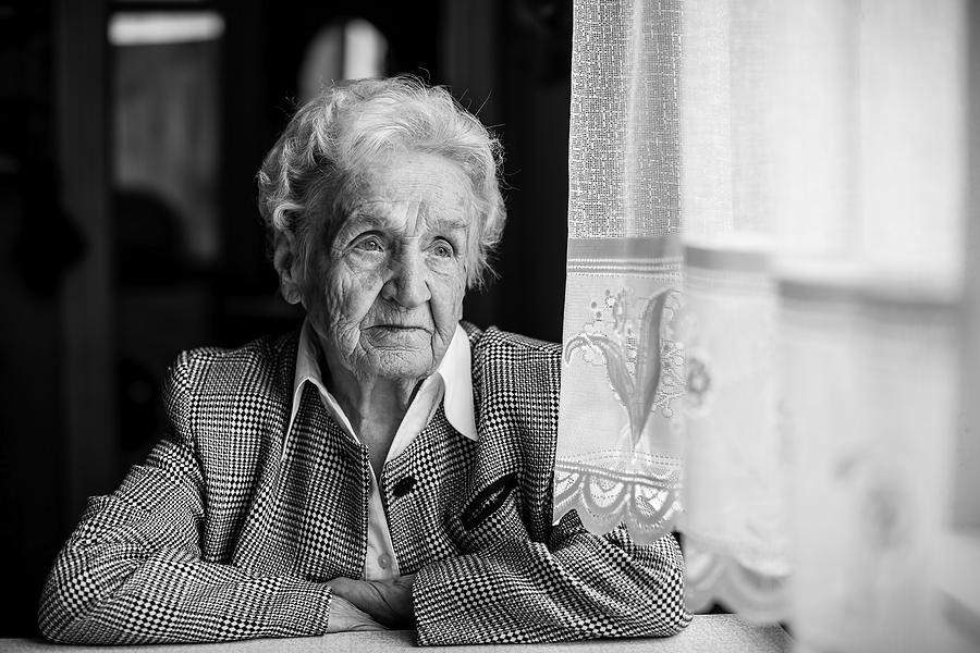 Öykü: Unutmak İçin Yaşamak | Yazan: Pelin Öncüoğlu Işık