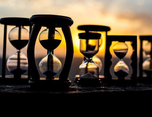 Yazı: Hayatın İçinde | Geçip Giden Zaman | Yazar: Nuket Doyuran